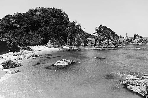 浦富海岸 写真提供:鳥取県岩美町