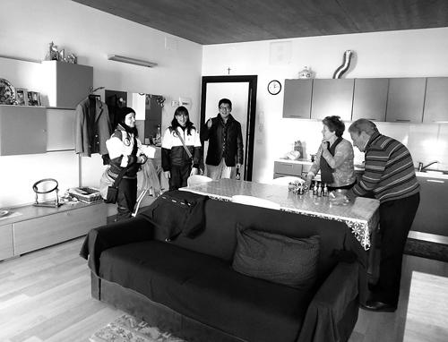 CASE住宅(2015年1月、ラクイラ、筆者撮影)。